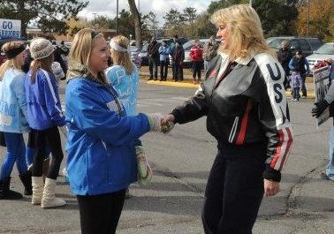 Chris Kellett Walz Candidate 2012 MN Brainerd Homecoming Parade